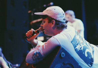 Mac DeMarco thrills adoring Seattle audience