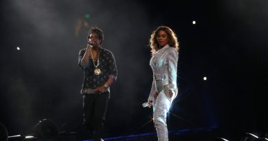 CONCERT REVIEW: Beyoncé and Jay-Z Excite an Adoring CenturyLink Field Crowd