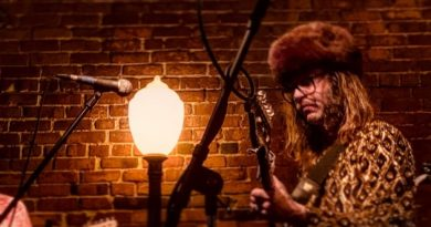 Show Review: Sessa and the Low Hums at Conor Byrne